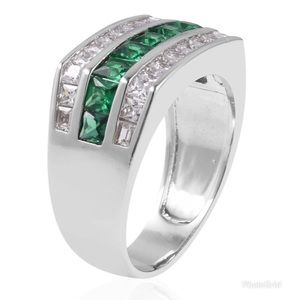 Simulated Green White Diamond Ring in Silvertone